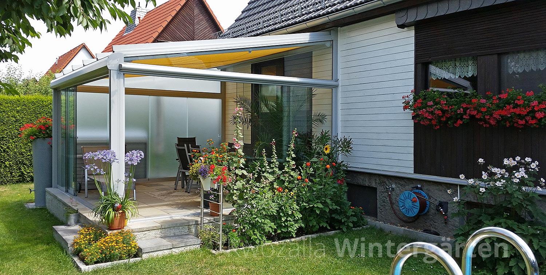 windschutz verglasung der terrassen berdachung kwozalla firmengruppe. Black Bedroom Furniture Sets. Home Design Ideas